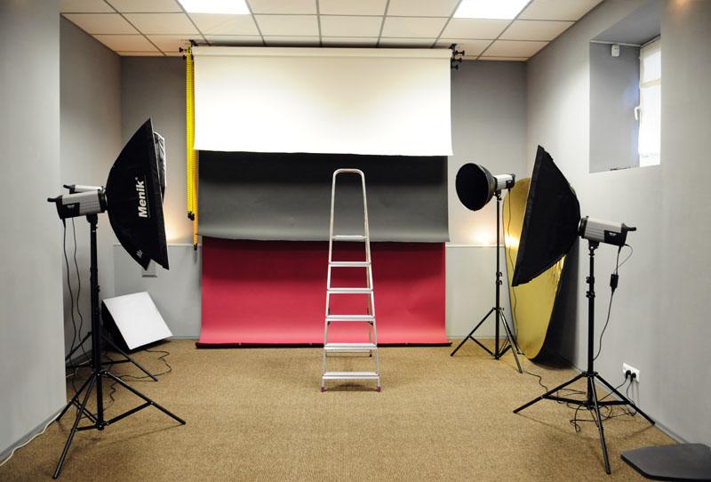 том как сделать дома студию для фотосессии шкаф