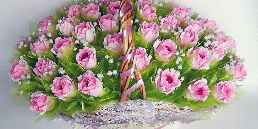 Сладости в цветах