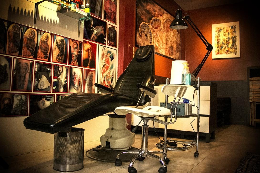 Картинки по запросу салон татуировки