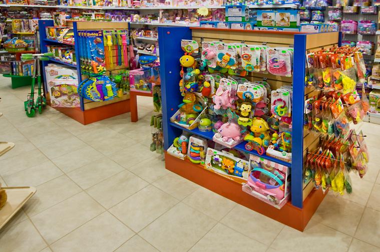 одобрили новый выкладка товара игрушки фото это двухуровневое